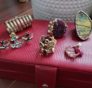 Rings- Lot or 6  size 5/6